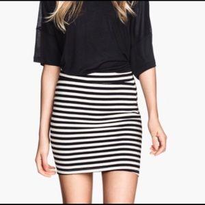 3/$15 Old Navy Stripe Bodycon Mini Pencil Skirt